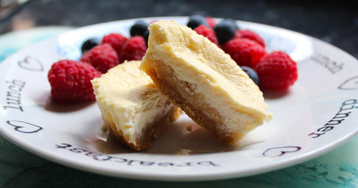 Quick Cheat's Mini Cheesecakes